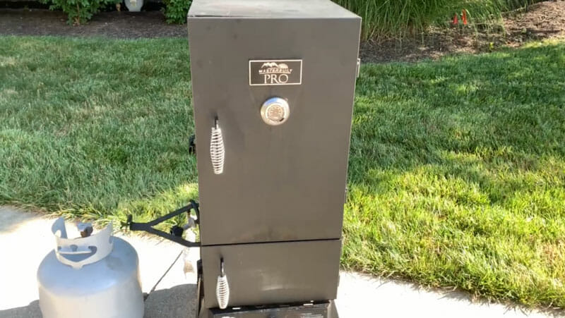 Masterbuilt Pro Dual Fuel upright smoker