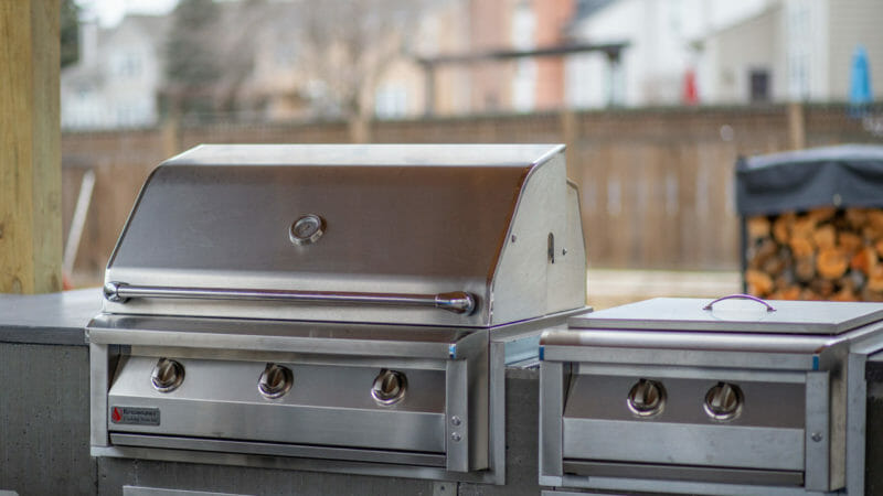American Renaissance gas grill and power burner