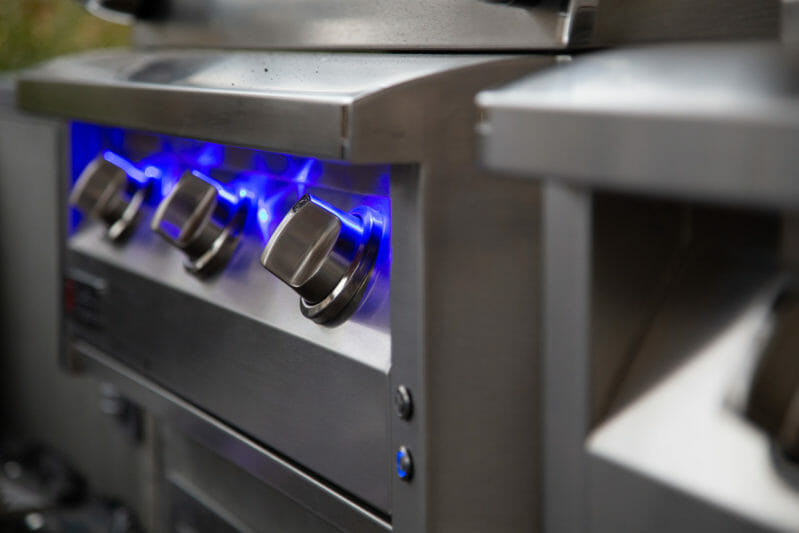 American Renaissance gas grill has knobs that light up blue