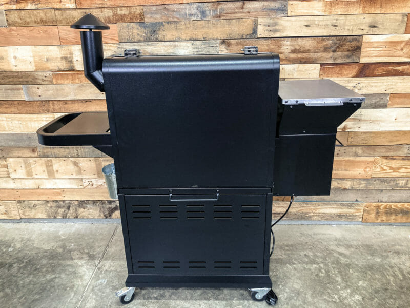Rear view of Z Grills 1000E